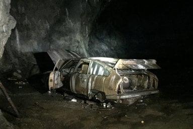 Sorpresa, dalla grotta esce la Citroen CX abbandonata