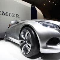 Un pezzo di Daimler va ai cinesi: Geely prende 7,5 miliardi del gruppo tedesco