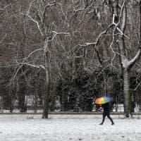Temperature in picchiata e neve: gelo storico. Domani scuole chiuse a Roma