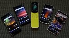 Nokia resuscita l'8110 e presenta il banana phone   Foto  La carica dei remake