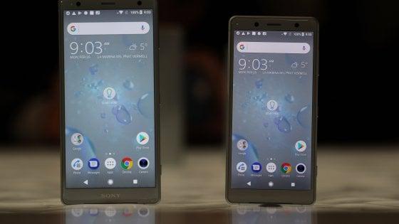MWC 2018, rivoluzione Sony con Xperia XZ2 e XZ2 Compact: bordi al minimo e niente jack