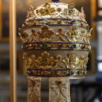 Moda e immaginario cattolico in mostra al Metropolitan