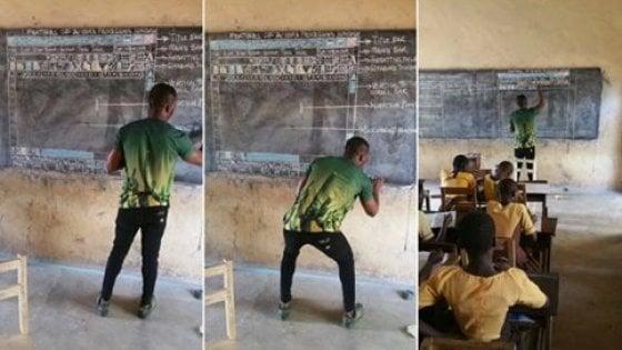 La lavagna diventa un documento Word, prof del Ghana condivide la lezione sui social