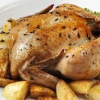 Pollo al forno con le patate: la ricetta perfetta in 15 mosse infallibili