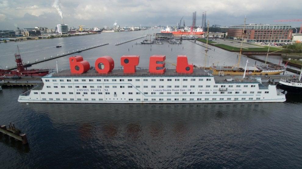 Dal Varesotto a Long Beach, gli hotel galleggianti nel mondo