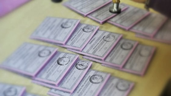 Elezioni politiche 2018: aperti i seggi, al via le operazioni di voto