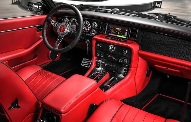 Una Jaguar XJ per Nicko McBrain