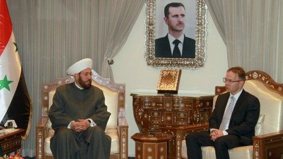 Germania, delegazione della destra populista a Damasco: polemiche e ferma condanna del governo