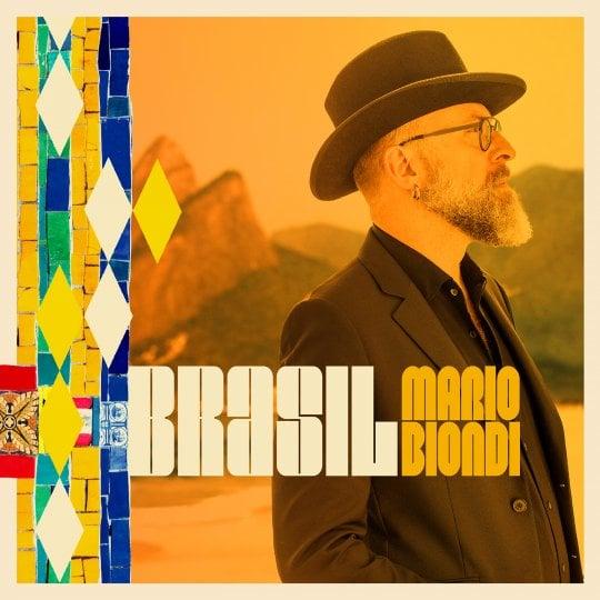 """Mario Biondi, visioni del 'Brasil': """"L'amore per Al Jarreau mi ha trasferito questa febbre"""""""