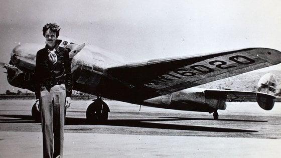 """""""Ci fu un errore, quelli sono i resti di Amelia Earhart"""". Svelato un nuovo tassello sulla morte dell'aviatrice"""