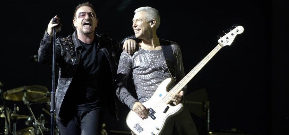 Bono, la voce degli U2 si scusa dopo gli abusi nell'organizzazione benefica da lui co-fondata