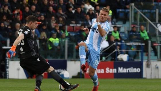 Cagliari-Lazio 2-2, Var ancora protagonista. Una magia di Immobile evita la beffa