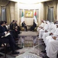 Eni compra giacimenti ad Abu Dhabi e vende agli emiri un 10% del progetto egiziano Zohr