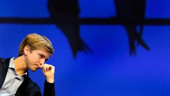 """Chris Hughes, cofondatore di Facebook: """"Il social è l'emblema del fallimento del sogno americano"""""""