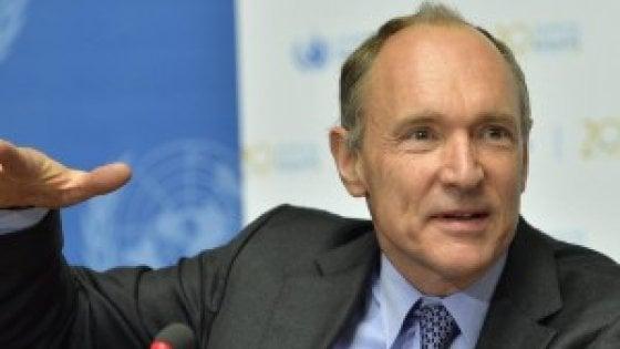 Berners-Lee: le grandi piattaforme trasformano il web in un'arma