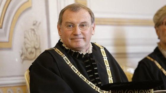 Corte costituzionale, si dimette il giudice Nicolò Zanon, indagato per peculato