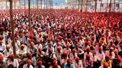 India, aumentano i suicidi tra gli agricoltori la lunga marcia dei contadini su Mumbai