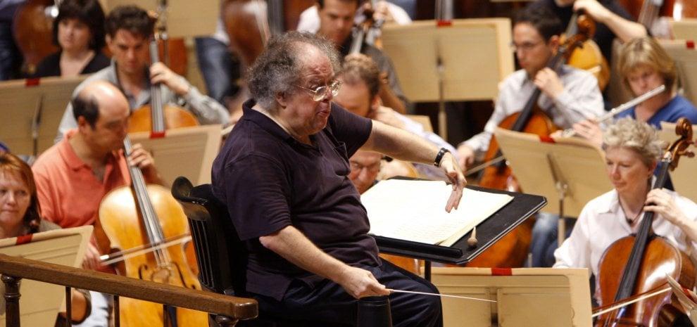 Molestie sessuali, il Metropolitan Opera House licenzia James Levine