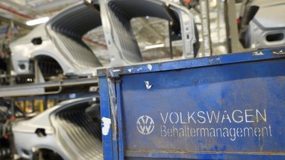 Germania, tribunale reintegra sospetto terrorista Isis licenziato dalla Volkswagen