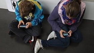 Londra vuole un tetto al tempo sui social degli adolescenti