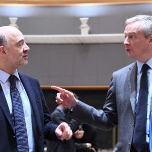 Il commissario Ue Moscovici con il ministro francese Le Maire