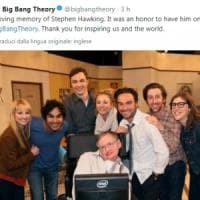Il cordoglio per la morte di Stephen Hawking: dalla Nasa a Big Bang Theory