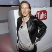 YouTube contro i video cospirazionisti informazioni da Wikipedia