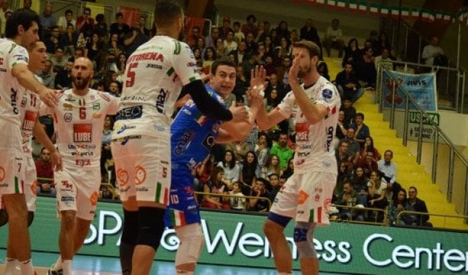 Volley, Champions League: Civitanova vince in rimonta, male Trento in Francia