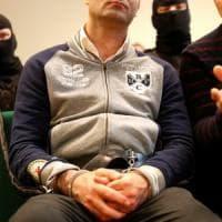 """Ungheria, sette anni di carcere al migrante che ha superato il confine: """"Atti di..."""
