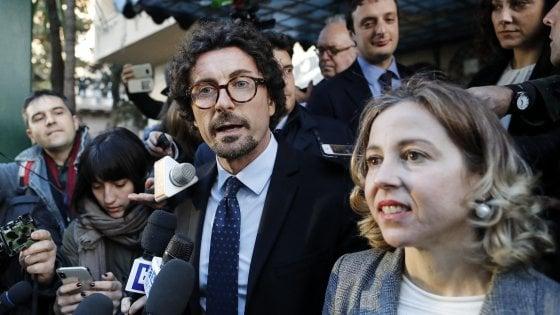 """Presidenze Camere, M5s: """"Aperture da Lega e Pd, ma niente nomi"""". I dem frenano: """"Incontro interlocutorio"""""""