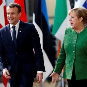 "Ue, Macron riceve Merkel: ""Voto italiano ha scosso la Ue"""