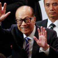 Li Ka-Shing si ritira: l'uomo da 100 miliardi di dollari passa la mano