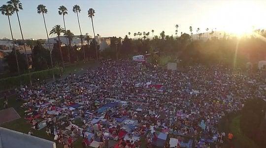Hollywood Forever, il cinema all'aperto è nel cimitero delle star
