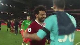 Salah il bomber educato: segna4 gol e chiede scusa al portiere