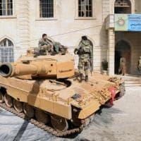 """Siria, l'esercito sostenuto dai turchi entra ad Afrin. Curdi: """"Non ci arrendiamo, la..."""