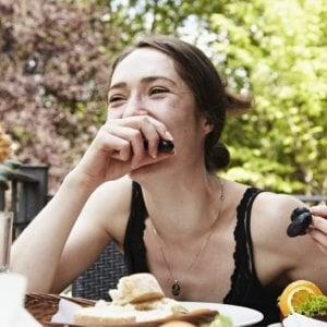 Le calorie nel piatto, le controlliamo ma senza saperle contare
