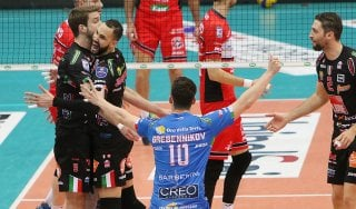 Volley, play off Superlega: Ravenna costringe Perugia alla bella