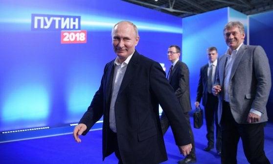 """Elezioni in Russia, Putin trionfa con oltre il 76%. Discorso alla folla: """"Successo è nostro destino"""""""