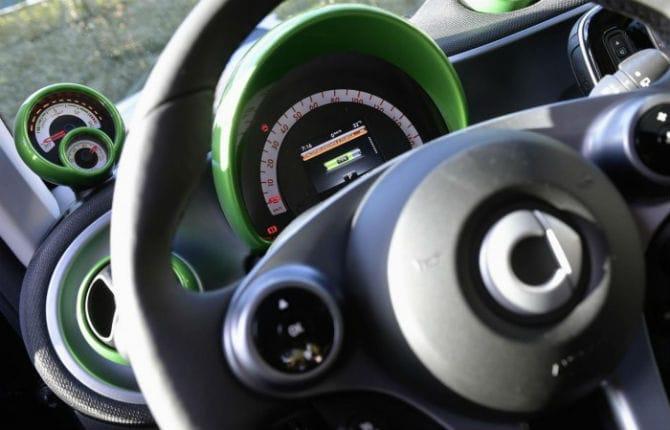 Guidare elettrico? Facile, con il noleggio Edilfar Rent