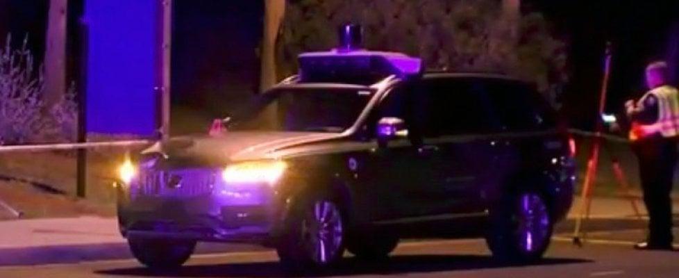 Uber, incidente mortale, bloccato il progetto dell'auto a guida autonoma
