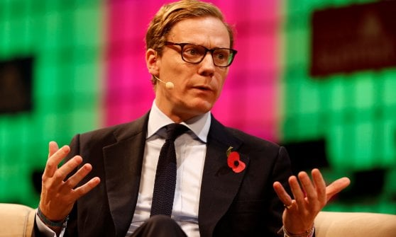 "Scandalo Cambridge Analytica, Londra convoca Zuckerberg: ""Venga a testimoniare"""