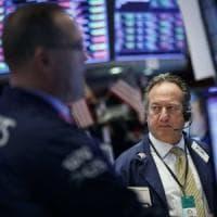 "Borse europee positive, a Wall Street crollano i titoli ""social"""