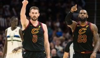 Basket, Nba: LeBron spinge Cleveland, Golden State ko a San Antonio