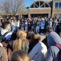 Usa, spari in una scuola del Maryland: quando i suoi studenti protestavano contro le armi da fuoco