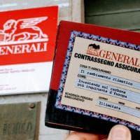 """Mobilitazione di Greenpeace contro Generali: """"Investe nel carbone"""""""