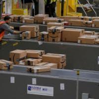 Amazon vola su Toys' R' Us e valuta l'acquisto di alcuni negozi