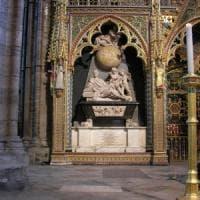 Londra, Hawking sarà sepolto a Westminster accanto a Newton e Darwin