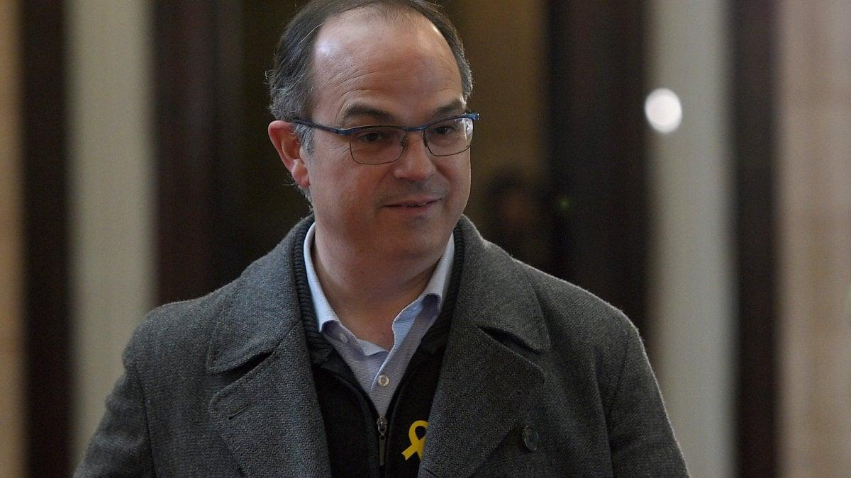 Catalogna turull verso la presidenza tra gli ex for Gruppi politici