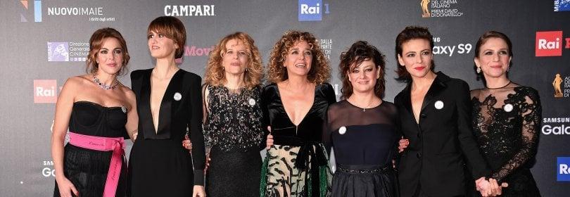 Keaton, Spielberg e gli italiani (con spillette) sul tappeto rosso dei David