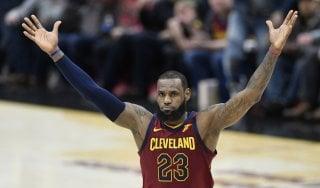 Basket, Nba: Toronto si inchina a LeBron, San Antonio è tornata